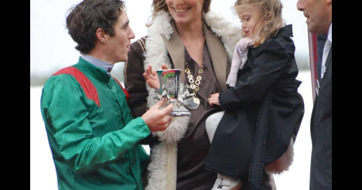 Sophie thalmann christophe soumillon et leur petite charlie en octobre 2008 purepeople - Sophie thalmann charlie soumillon ...