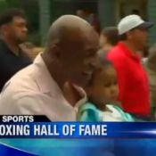 Mike Tyson bouleversé et acclamé au côté de Sylvester Stallone
