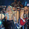 Shakira épanouie en concert à Paris Bercy le 14 juin 2011