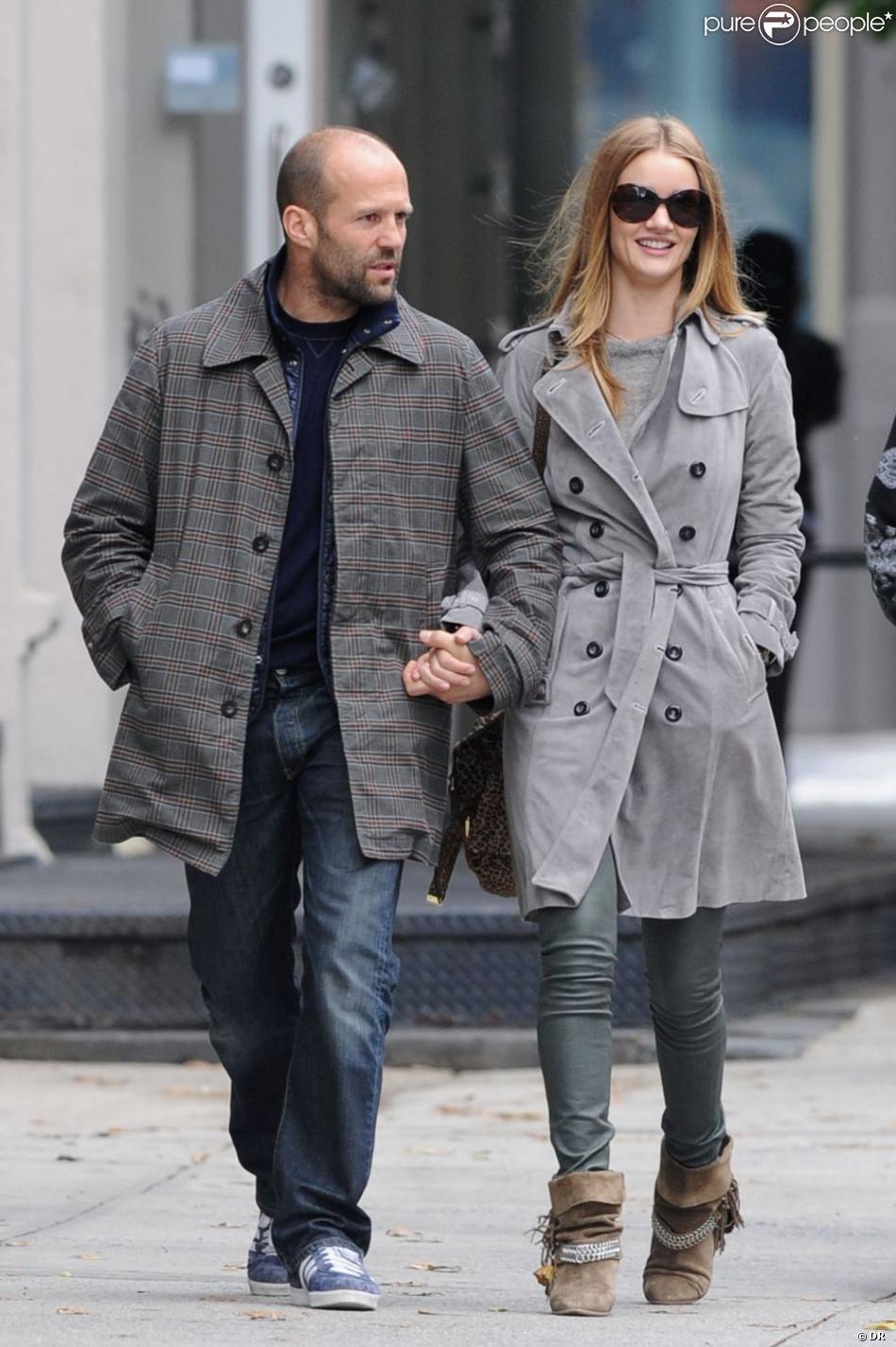 Gut gemocht Rosie Huntington-Whiteley au bras de son amoureux Jason Statham  UL12