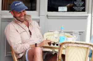 PHOTOS : Billy Zane aussi se remet bien de sa rupture !