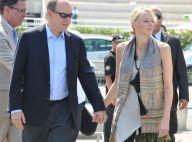 Albert de Monaco et Charlene, main dans la main, triomphent de la rumeur...