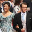 La princesse Victoria et le prince Daniel de Suède sur le tapis rouge du Palais Princier de Monaco, pour le mariage religieux du prince Albert et de la princesse Charlene.   Le prince Albert II de Monaco et Charlene Wittstock avaient convié près de 800 invités, dont beaucoup de têtes couronnées (les cours d'Europe étaient notamment bien plus représentées qu'au mariage de William et Kate), à leur mariage religieux, le 2 juillet 2011 en Principauté.