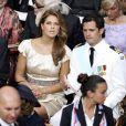La princesse Madeleine et son frère le prince Carl Philip de Suède dans la cour d'honneur du Palais Princier de Monaco, pour le mariage religieux du prince Albert et de la princesse Charlene.   Le prince Albert II de Monaco et Charlene Wittstock avaient convié près de 800 invités, dont beaucoup de têtes couronnées (les cours d'Europe étaient notamment bien plus représentées qu'au mariage de William et Kate), à leur mariage religieux, le 2 juillet 2011 en Principauté.