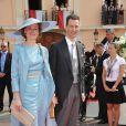 Le prince héritier Alois du Liechtenstein et sa femme la princesse Sophie de Bavière sur le tapis rouge du Palais Princier de Monaco, pour le mariage religieux du prince Albert et de la princesse Charlene.   Le prince Albert II de Monaco et Charlene Wittstock avaient convié près de 800 invités, dont beaucoup de têtes couronnées (les cours d'Europe étaient notamment bien plus représentées qu'au mariage de William et Kate), à leur mariage religieux, le 2 juillet 2011 en Principauté.