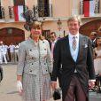 Le prince Leopole de Bavière et sa femme sur le tapis rouge du Palais Princier de Monaco, pour le mariage religieux du prince Albert et de la princesse Charlene.  Le  prince Albert II de Monaco et Charlene Wittstock avaient convié près de  800 invités, dont beaucoup de têtes couronnées (les cours d'Europe  étaient notamment bien plus représentées qu'au mariage de William et  Kate), à leur mariage religieux, le 2 juillet 2011 en Principauté.