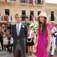 Andrea Casiraghi et Tatiana Santo Domingo sur le tapis rouge du Palais Princier de Monaco, pour le mariage religieux du prince Albert et de la princesse Charlene.  Le  prince Albert II de Monaco et Charlene Wittstock avaient convié près de  800 invités, dont beaucoup de têtes couronnées (les cours d'Europe  étaient notamment bien plus représentées qu'au mariage de William et  Kate), à leur mariage religieux, le 2 juillet 2011 en Principauté.