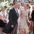 Le prince Georg Friedrich de Prusse et sa femme sur le tapis rouge du Palais Princier de Monaco, pour le mariage religieux du prince Albert et de la princesse Charlene.  Le  prince Albert II de Monaco et Charlene Wittstock avaient convié près de  800 invités, dont beaucoup de têtes couronnées (les cours d'Europe  étaient notamment bien plus représentées qu'au mariage de William et  Kate), à leur mariage religieux, le 2 juillet 2011 en Principauté.