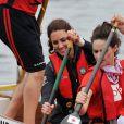 En tenue de combat pour une course de bateau-dragon !   Le prince William et la duchesse Catherine de Cambridge poursuivaient  leur Royal Tour 2011 du Canada lundi 4 juillet 2011 du côté de l'Île du  Prince Edouard.
