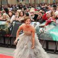 Emma Watson, habillée d'une robe Oscar de la Renta, lors de l'avant-première mondiale de Harry Potter et les Reliques de la mort - partie II le 7 juillet 2011 à Londres