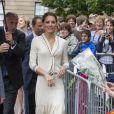 En parfaite tenue Alexander McQueen, Kate Middleton incarne l'élégance british