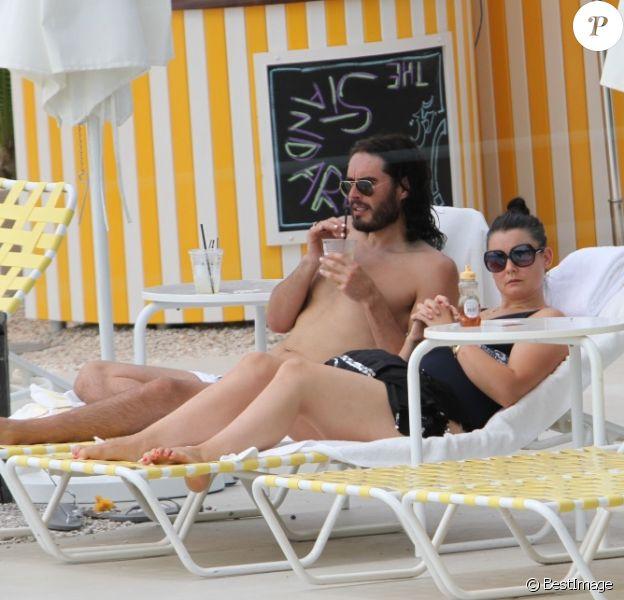 Russell Brand, surpris avec une amie à Miami, vendredi 8 juillet 2011.