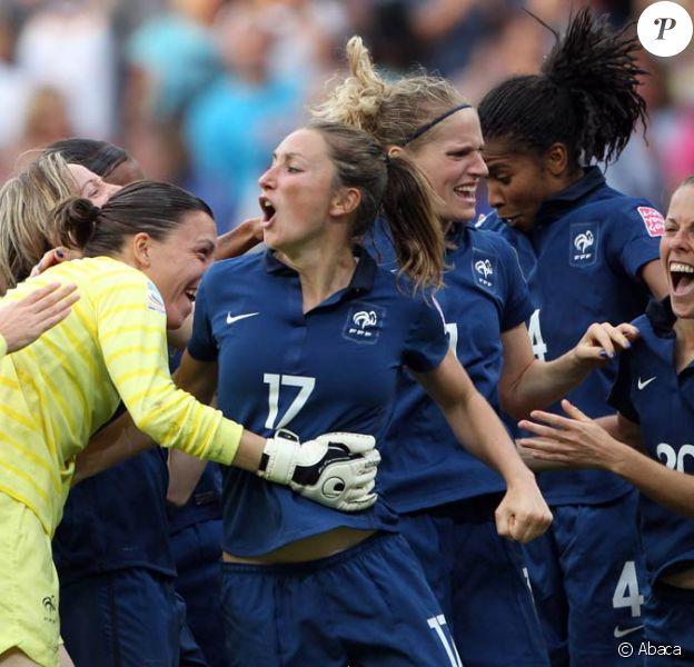 Gaëtane Thiney et les Bleues au coeur d'un des grands moments de liesse du Mondial 2011 en Allemagne, dont elles ont fini 4e.