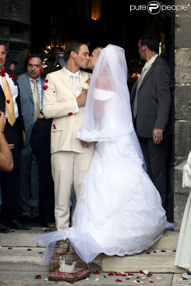 Elodie gossuin et son mari bertrand lors de leur mariage en juillet 2006 - Mari d elodie gossuin ...