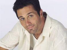 Beverly Hills : le superbe Rob Estes de 'Melrose Place' de la partie ? (réactualisé)