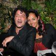 Rachid Taha et Hermine de Clermont-Tonnerre au VIP ROOM de Saint-Tropez le 17 août 2011