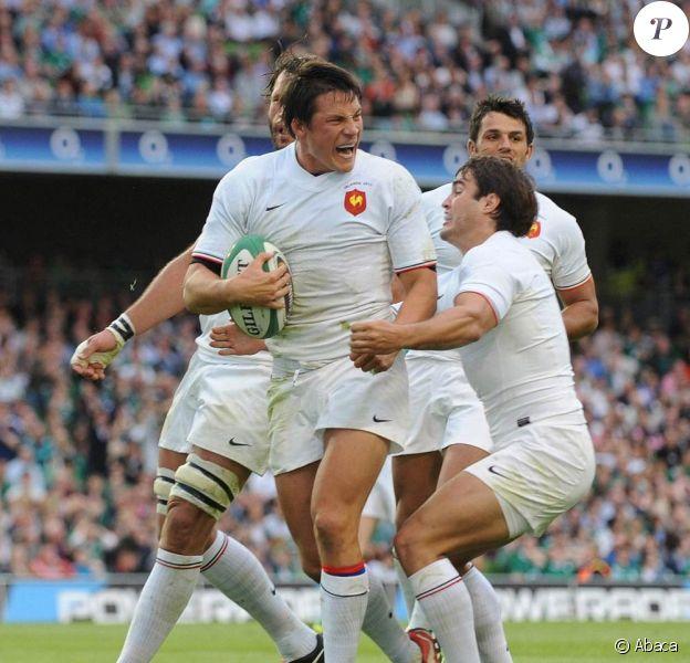 Fraçois Trinh-Duc, demi d'ouverture de Montpellier et du XV de France, a pu accueillir son premier enfant avant de s'envoler pour le Mondial en nouvelle-Zélande : Théo est né le 23 août 2011 !