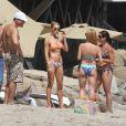 LeAnn Rimes fête son anniversaire sur la plage de Malibu avec son mari Eddie Cibrian et ses fils, sa famille et ses amis, le 28 août 2011