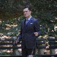 Ed Westwick en train de tourner des épisodes de Gossip Girl à Central Park le 16 septembre 2011