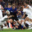 Charge héroïque de Maxime Médard...   Le XV de France a su se transcender et retrouver les valeurs du combat pour dominer (19-12) le XV de la Rose le 8 octobre 2011 et accéder aux demi-finales du Mondial de rugby 2011.