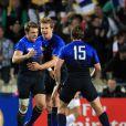 Un essai de plus au compteur de Vincent Clerc, pas le moins important...   Le XV de France a su se transcender et retrouver les valeurs du combat pour dominer (19-12) le XV de la Rose le 8 octobre 2011 et accéder aux demi-finales du Mondial de rugby 2011.