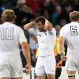 Cueto peut se prendre la tête dans les mains, son essai n'a pas suffi à qualifier l'Angleterre.   Le XV de France a su se transcender et retrouver les valeurs du combat pour dominer (19-12) le XV de la Rose le 8 octobre 2011 et accéder aux demi-finales du Mondial de rugby 2011.
