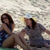 Aïcha : La belle Sofia Essaïdi s'offre un moment de détente à la plage