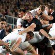 Le combat fut âpre lors de la finale de la Coupe du monde de rugby remportée par les All Blacks le 23 octobre 2011 à l'Eden Park d'Auckland