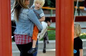 Mira Sorvino : Journée au parc avec sa petite tribu