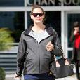 Jennifer Garner, enceinte, se promène à Los Angeles, le 6 novembre 2011