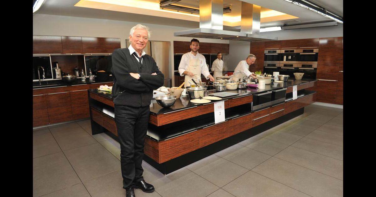 Laurent boyer lors de la finale du premier concours de - Concours cuisine amateur ...
