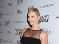 Charlize Theron : Une jolie et très courte robe pour éclipser toutes les autres