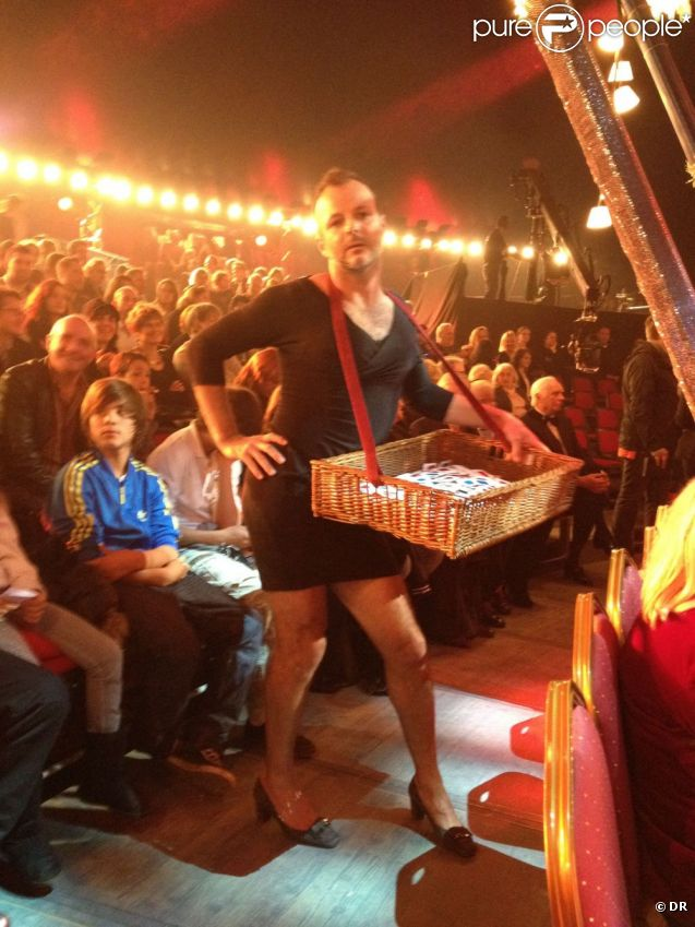 Pierre-François Martin-Laval, déguisé en serveur ambulant, au cirque Alexis Gruss,  pour le 50e Gala de l'Union des artistes. 21 novembre 2011