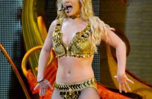 Britney Spears fait venir ses fils sur scène pour sa dernière et change de décor