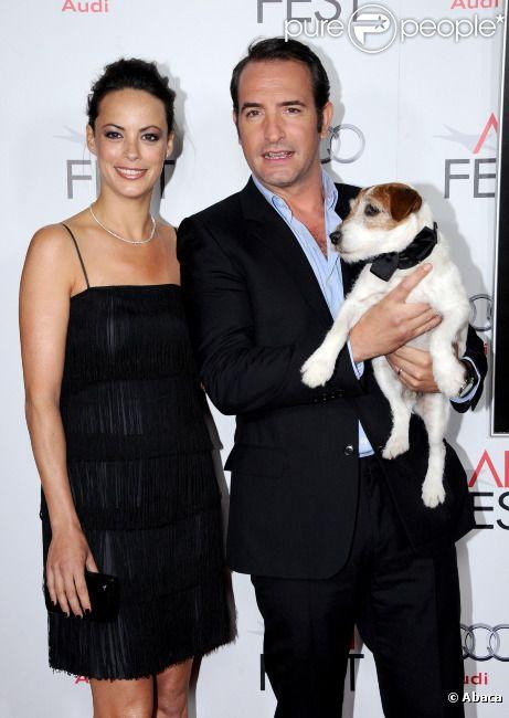 Bérénice Bejo et Jean Dujardin avec le chien Uggie