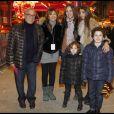 Daniel Hechter en famille à l'inauguration de Jours de fêtes au Grand Palais, à Paris, le 15 décembre 2011.