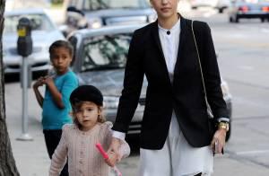 Jessica Alba : Avec sa famille, elle retrouve son look et sa ligne d'enfer