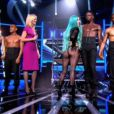 Lady Gaga montre ses fesses sur le plateau de X Factor