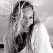 Estelle Lefébure, la plus glam' des businesswomen fait la couverture !