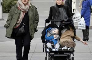Naomi Watts, fatiguée, se ressource auprès de sa mère et de ses fils