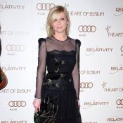 Kirsten Dunst ténébreuse et Rose McGowan angélique pour une soirée très prisée