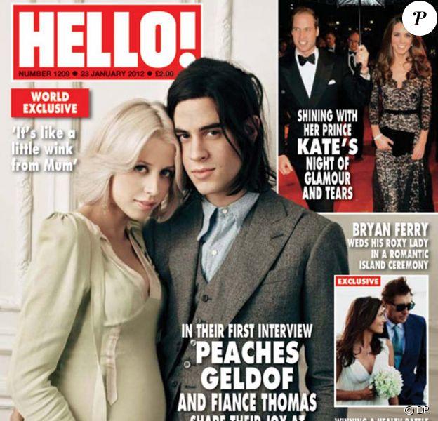 Peaches Geldof et son fiancé Thomas Cohen en couverture du magazine Hello!, numéro du 23 janvier 2012.