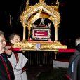 La procession des reliques de Sainte-Dévote...   Au soir du 26 janvier 2012, comme chaque année, le prince Albert II de Monaco et des membres de la famille princière monégasque ont embrasé la barque commémorant la légende de Sainte-Dévote et honorant le lien entre la principauté et sa sainte-patronne.