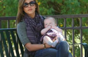Jessica Alba : Après-midi ensoleillé en famille et tendres moments avec Haven