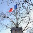 Affiche du film Les Infidèles dans Paris qui est retirée le 3 février 2012