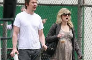 PHOTOS : Ethan Hawke, promenade new yorkaise en attendant bébé...
