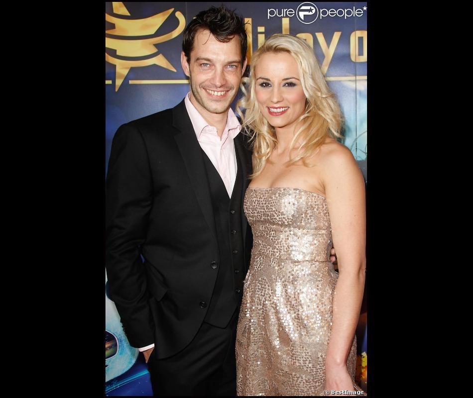 Elodie gossuin et son mari bertrand lacherie lors de la premi re d 39 holiday on ice au zenith de - Mari d elodie gossuin ...