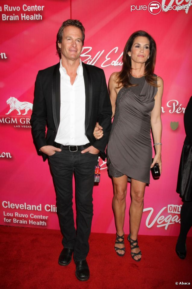 Rande Gerber et Cindy Crawford lors de la soirée dédiée à Mohamed Ali à Las Vegas le 18 février 2012