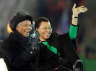 """Nelson Mandela : L'ancien président sud-africain opéré """"se porte bien"""""""