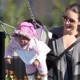 Exclusif : Kristin Davis et sa fille Gemma Rose au parc de Santa Monica le 22 février 2012